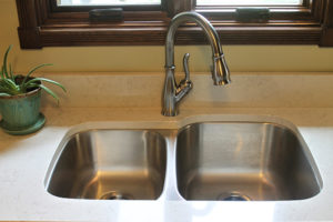 Aspen Quartz with Undermount Stainless Sink
