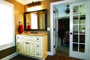 RiverRun Cabinets Hampton - Bath (1)